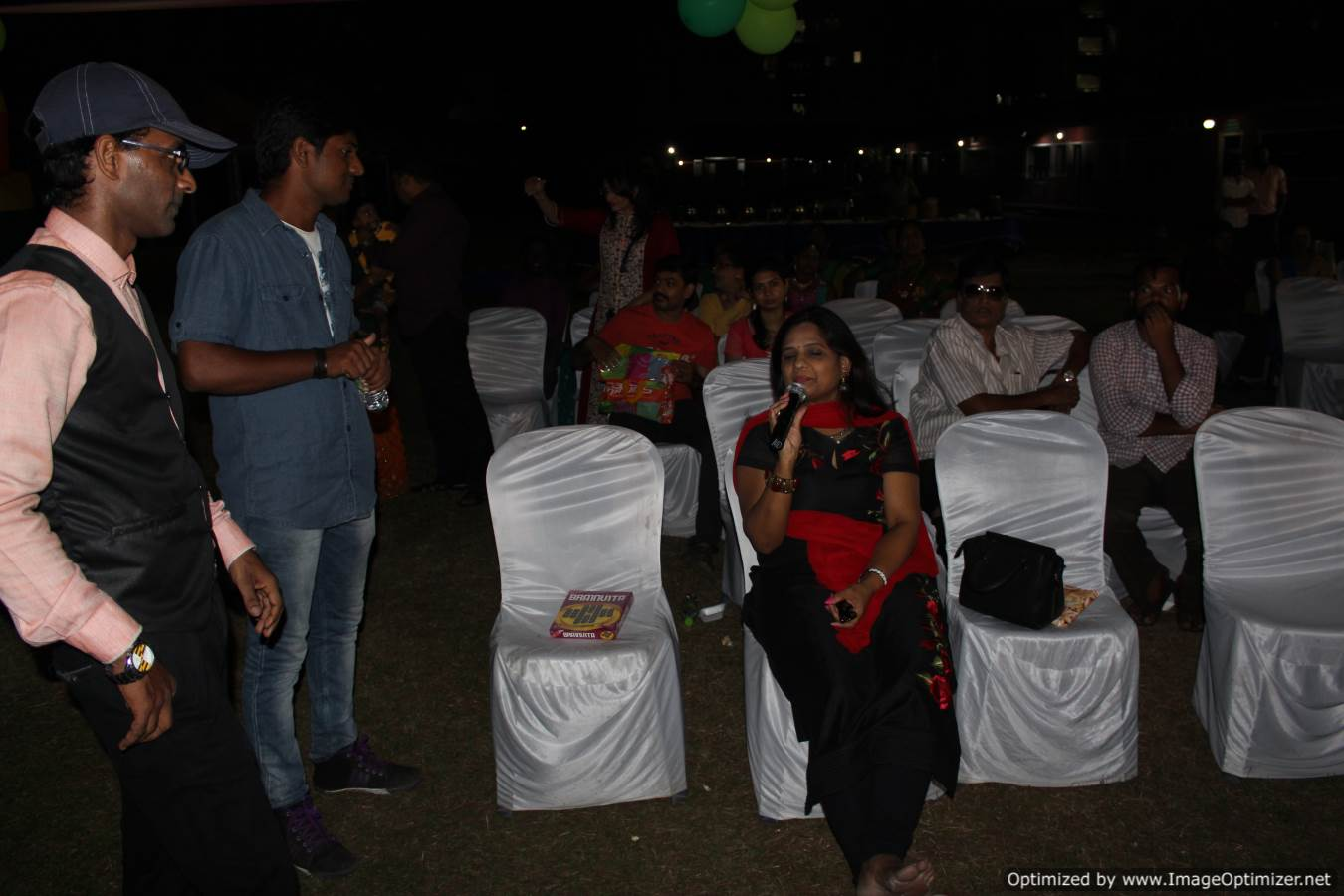 Chennai Event MC Thamizharasan making elders wish the birthday kid at the birthday party