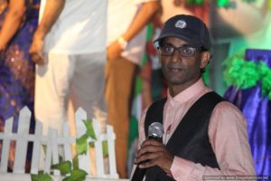 Chennai Event Emcee Thamizharasan conducting games at Birthday Party