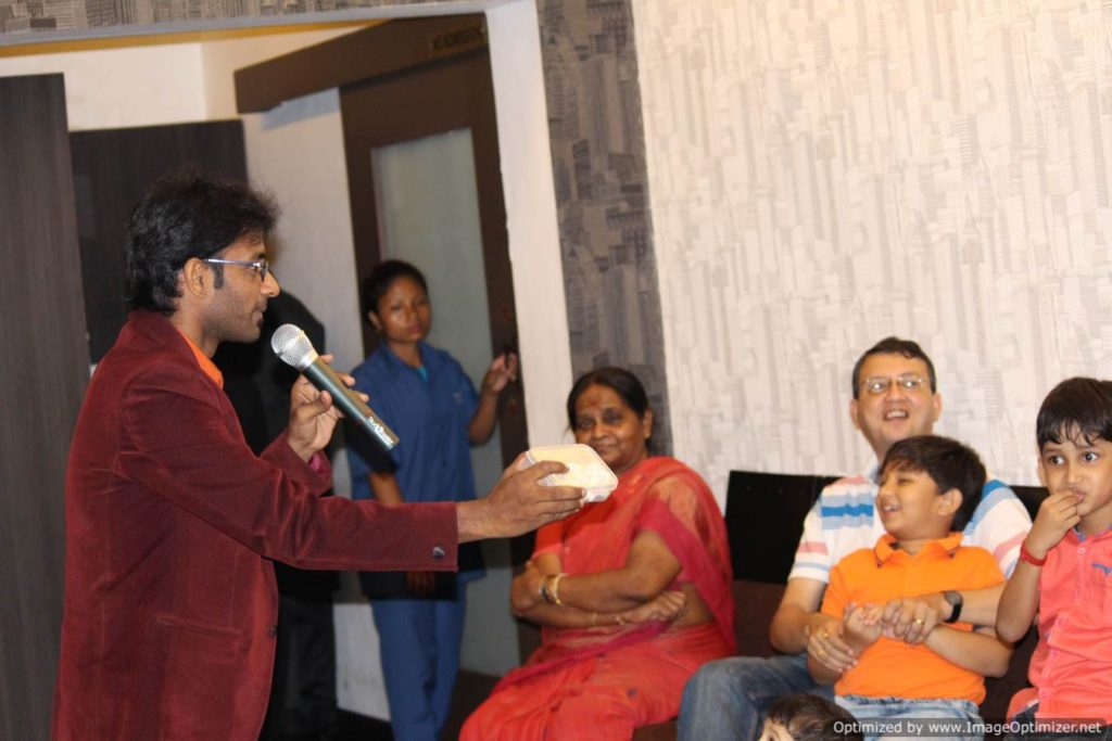 Chennai Birthday Events Emcee Thamizharasan conducting birthday party games at Hotel Little Italy Besant Nagar